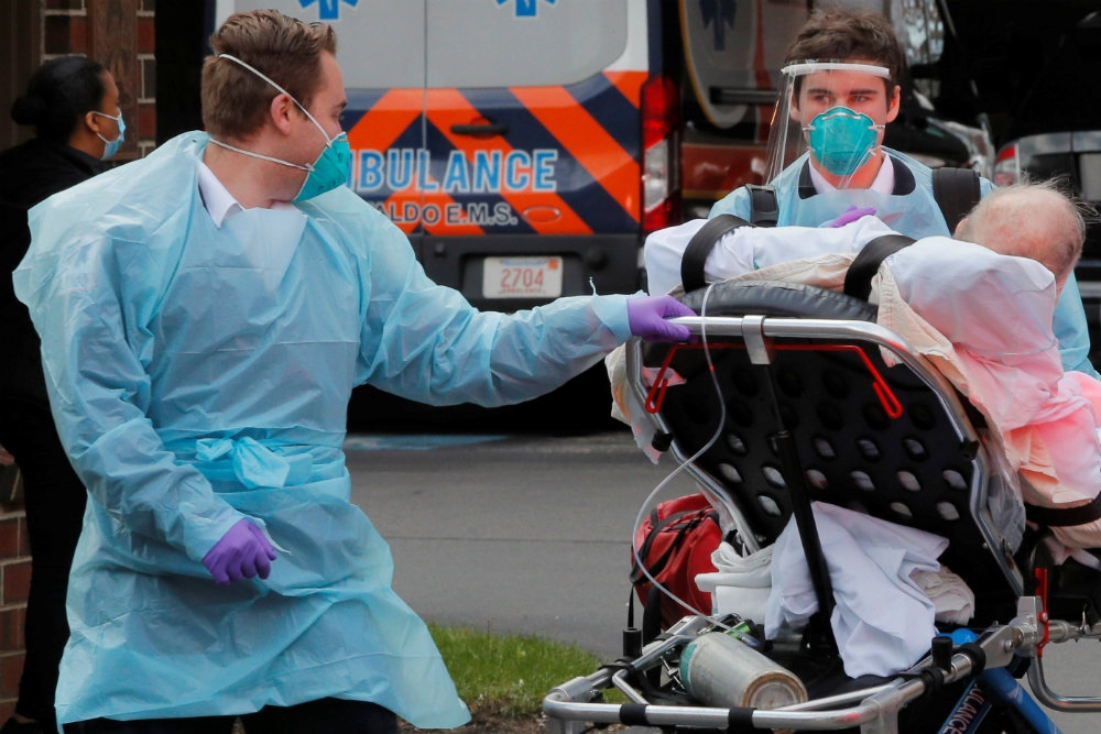 USA virus deaths rise by 2333 in 24 hours