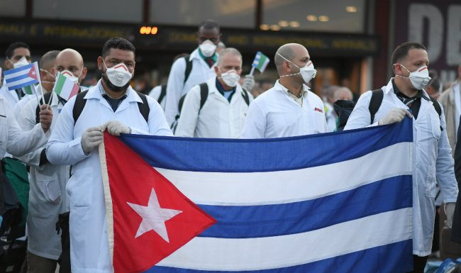 Cuba, contrary to the US, is helping countries to fight coronavirus