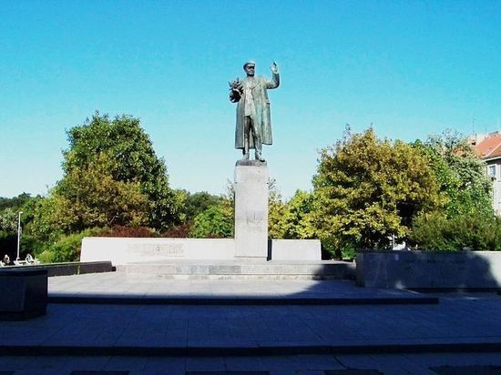 FSB General appreciated the Czech security officials demolished a monument to Konev