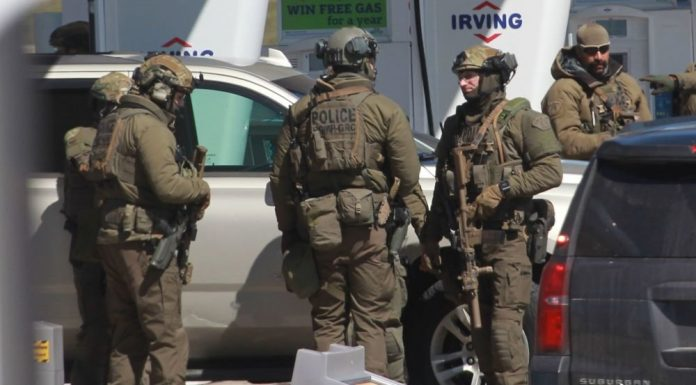 In Canada a man in the uniform of a police officer killed 16 people