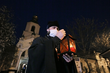 In Kiev Pechersk Lavra the coronavirus has infected all the priests
