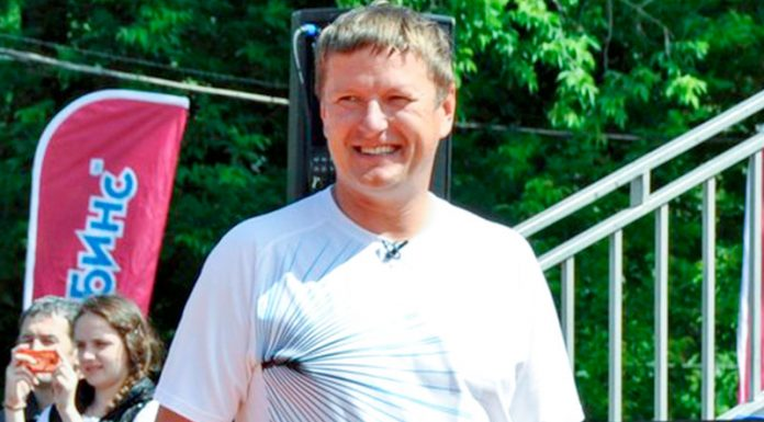 Kafelnikov will not engage with e-collar