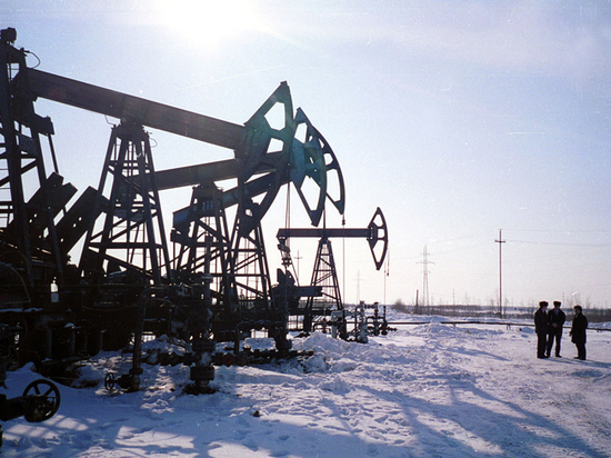 Oil broke the record of the nineties