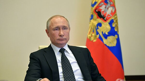 Putin personally oversees the building of beds for patients COVID 19