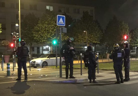 Quarantine in France turned to riots the reason was a broken leg