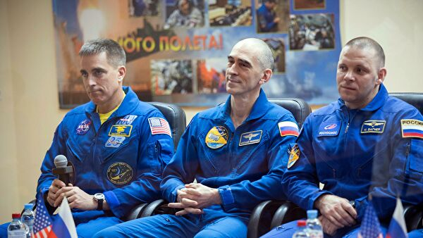 Russian cosmonauts from the ISS congratulated China on the Day of cosmonautics