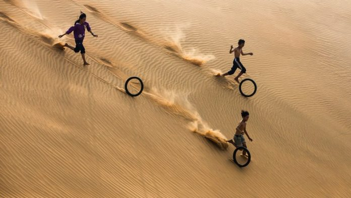 Selected best shots of the year on the topic of fun photo