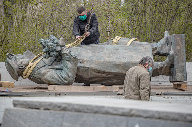 SK filed a case over the dismantling of the monument to Marshal Konev in Prague