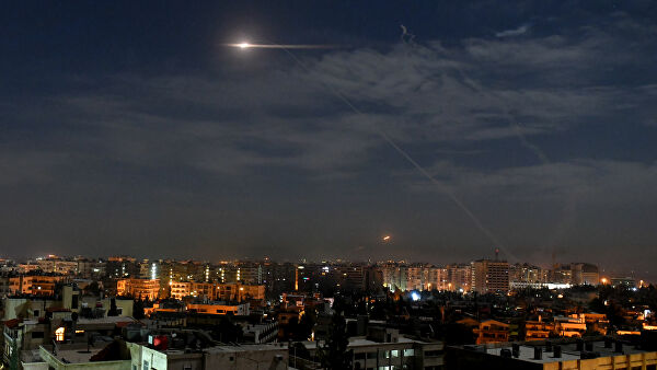 Syrian air defense reflects the attack in the skies over Damascus