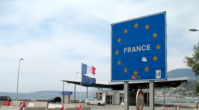 The borders of the Schengen area can stay at the castle until September