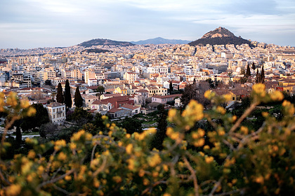 The Chinese rushed to buy property in Greece