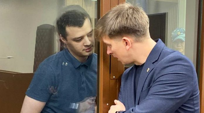 """The defendant in the """"Moscow business"""" Nikita Chirtsova released in a court hall after sentence reduced"""