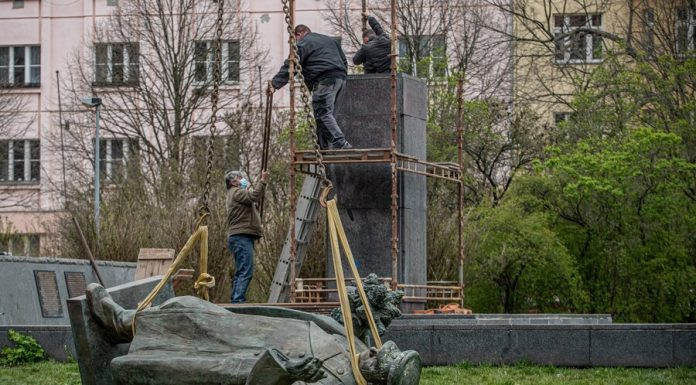 To dismantle the monument to Konev needs to be restored – Sands